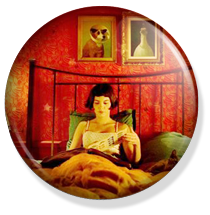 chapa amelie button, in bed